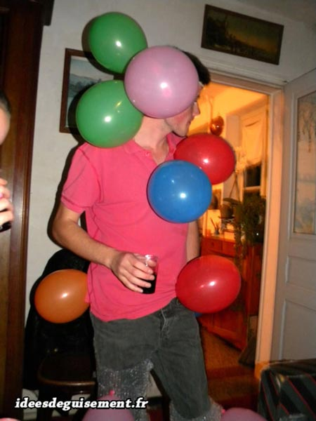 Easy costume of balloons diverse