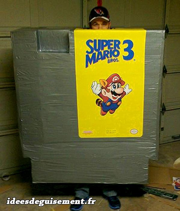 Costume of Cartridge Super Marios 3 - Letter C