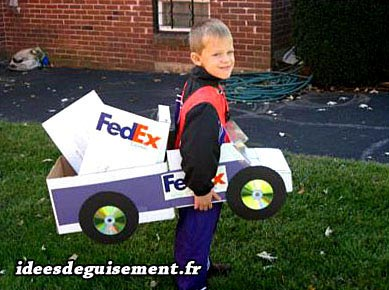 Costume of Delivery Truck Fedex - Letter F