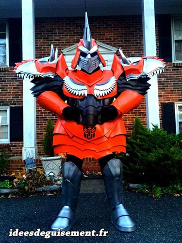 Costume of Grimlock from Transformers - Letter G