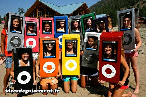 Costume of iPods - Letter I