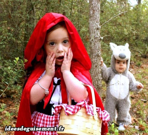 Costume of Little Red Riding Hood - Letter L