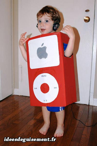 Costume of MP3 - Letter M