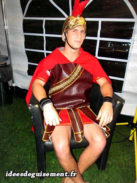 Fancy dress of Roman Centurion - Letter R