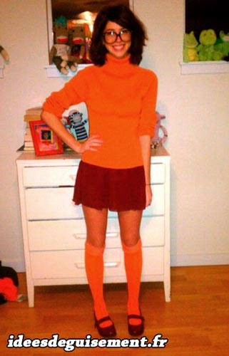 Fancy dress of Velma from Scooby Doo - Letter V