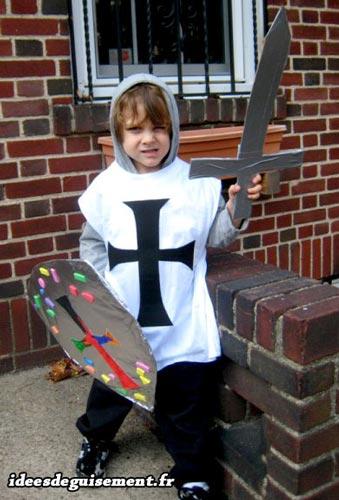 Fancy dress of White Knight - Letter W
