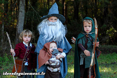 Family fancy dress of the Lord of the Rings