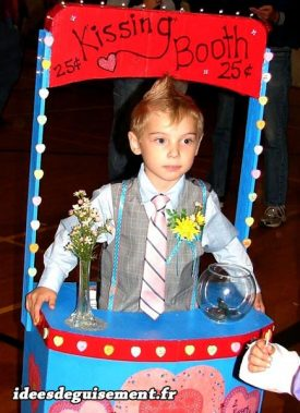 Costume of Kissing Booth